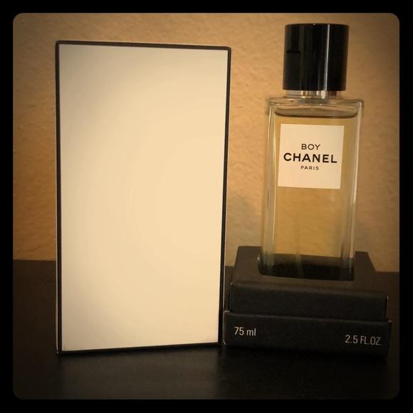 49c08fe8d3 Chanel Exclusifs BOY